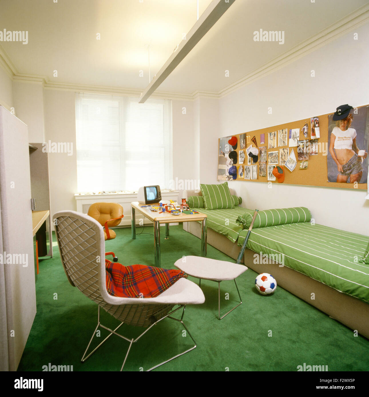 Bright Green Carpet In Teenage Boy S Nineties Bedroom With Green Stock Photo Alamy