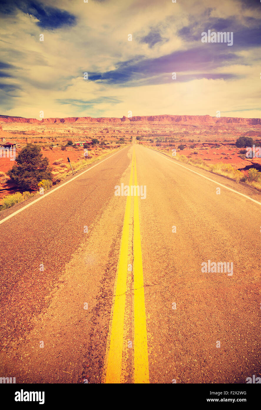 Retro vintage filtered picture of a country highway, USA. - Stock Image