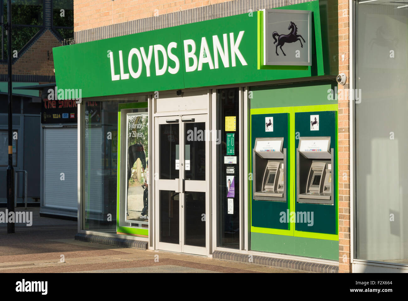 LLoyds Bank, Willow Place Shopping Centre, Corby, Northamptonshire, England, United Kingdom - Stock Image