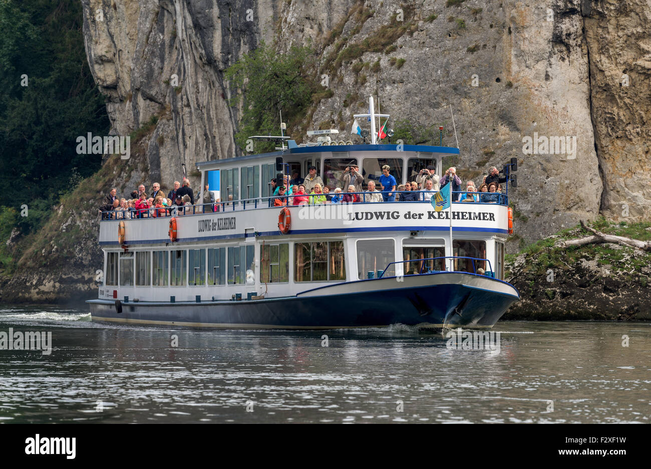 Danube Gorge Danube Gorge Weltenburg Abbey great natural sceneries wassser river sea ship trees autumn water excursion - Stock Image