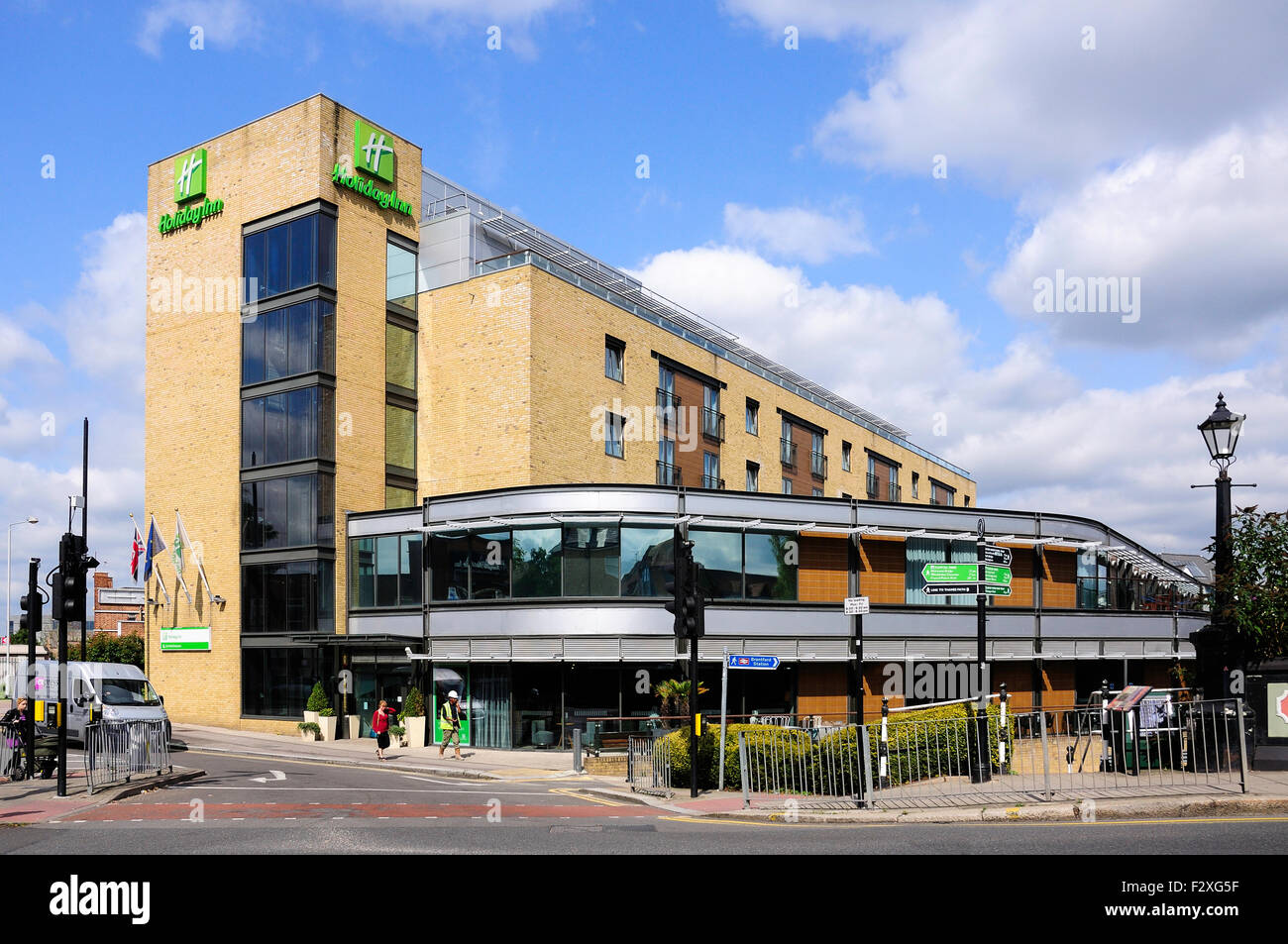 Holiday Inn Hotel, Brentford Lock, Brentford, London Borough of Hounslow, Greater London, England, United Kingdom - Stock Image