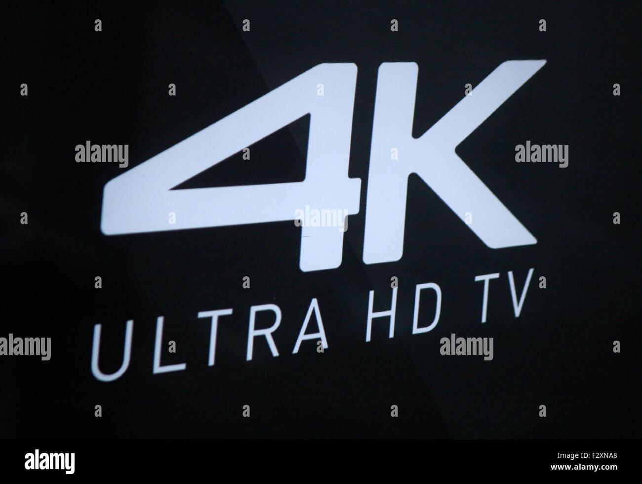 Markenname: '4k Ultra HD TV', Berlin. - Stock Image