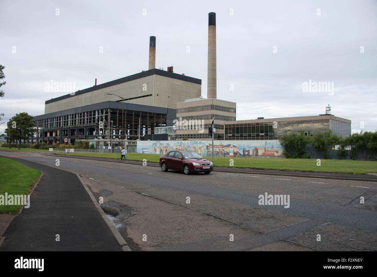 Edinburgh, Scotland. 23rd September, 2015. Cockenzie Power Station on the East Lothian coastline will be demolished - Stock Image