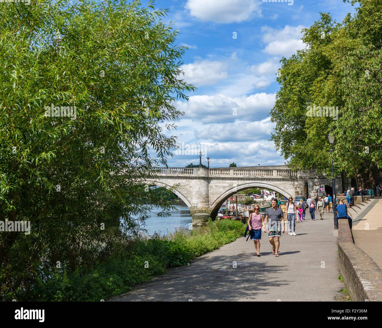 Riverside and Thames Path, Richmond upon Thames, London, England, UK - Stock Image
