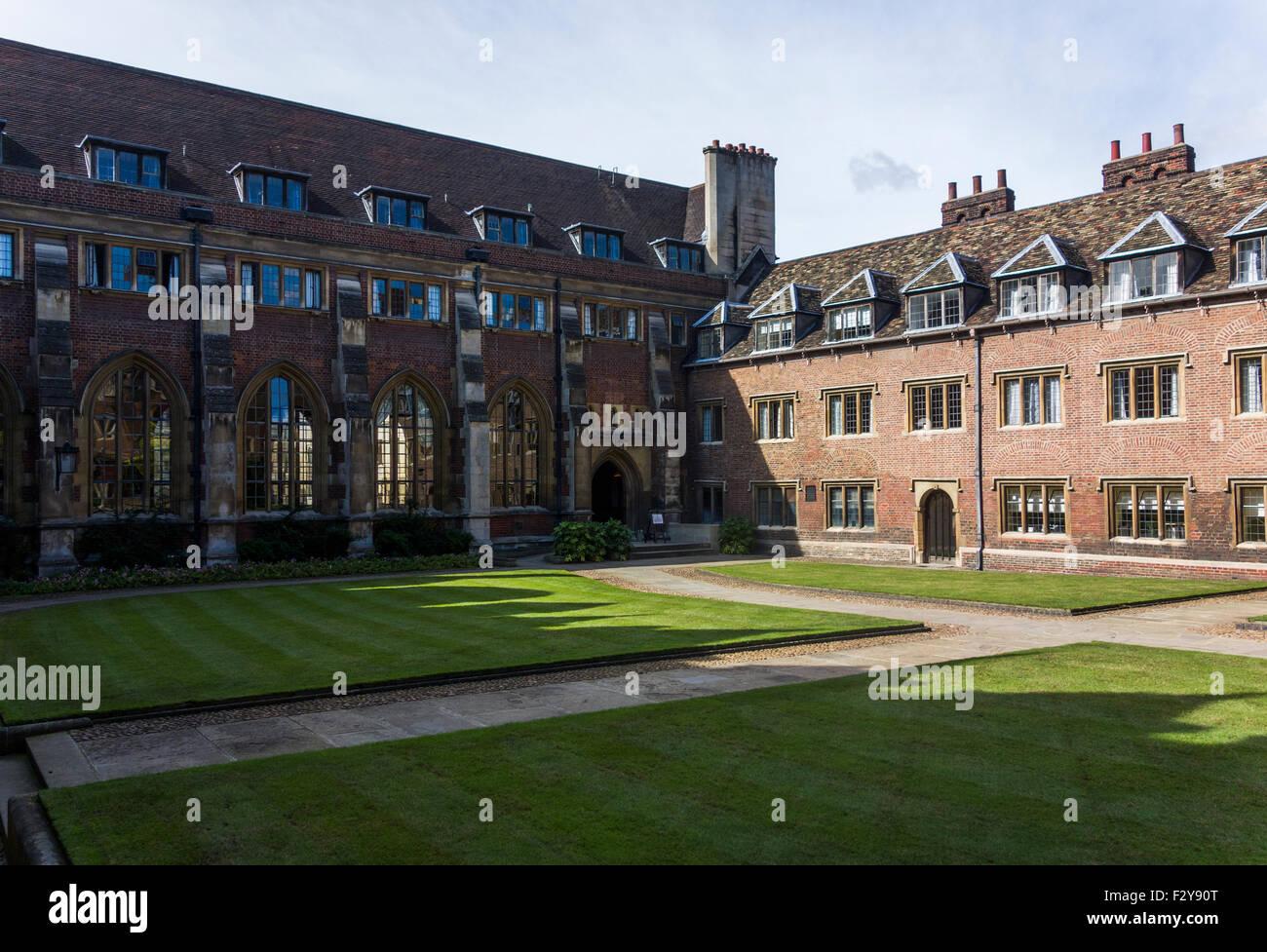 view towards northwest, Ivy Court, Pembroke College, Cambridge, England, UK - Stock Image