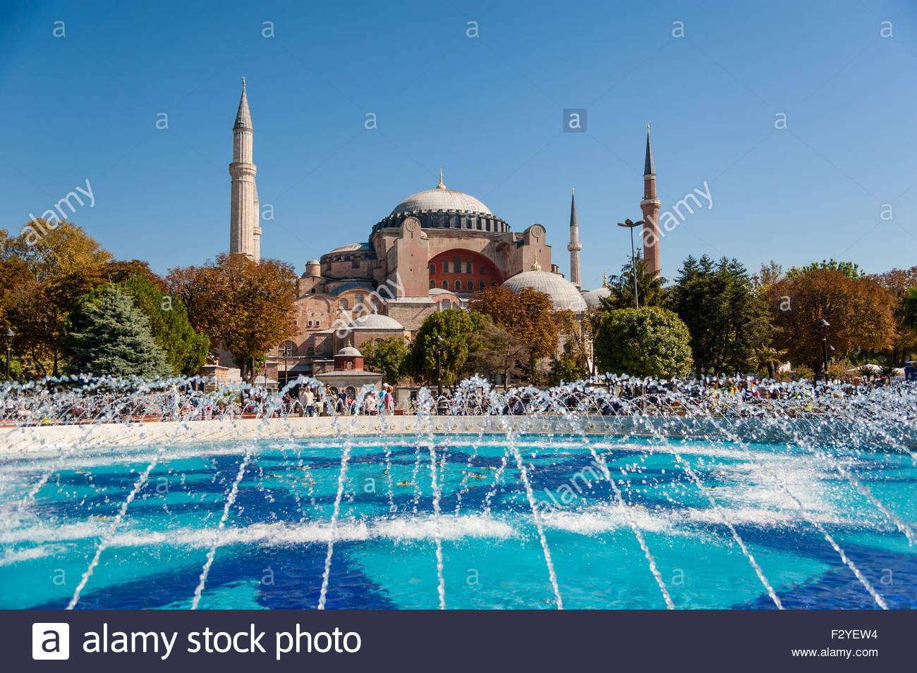 ISTANBUL, TURKEY – SEPTEMBER 23, 2012: Byzantine architecture of the Hagia Sophia (The Church of the Holy Wisdom) - Stock Image