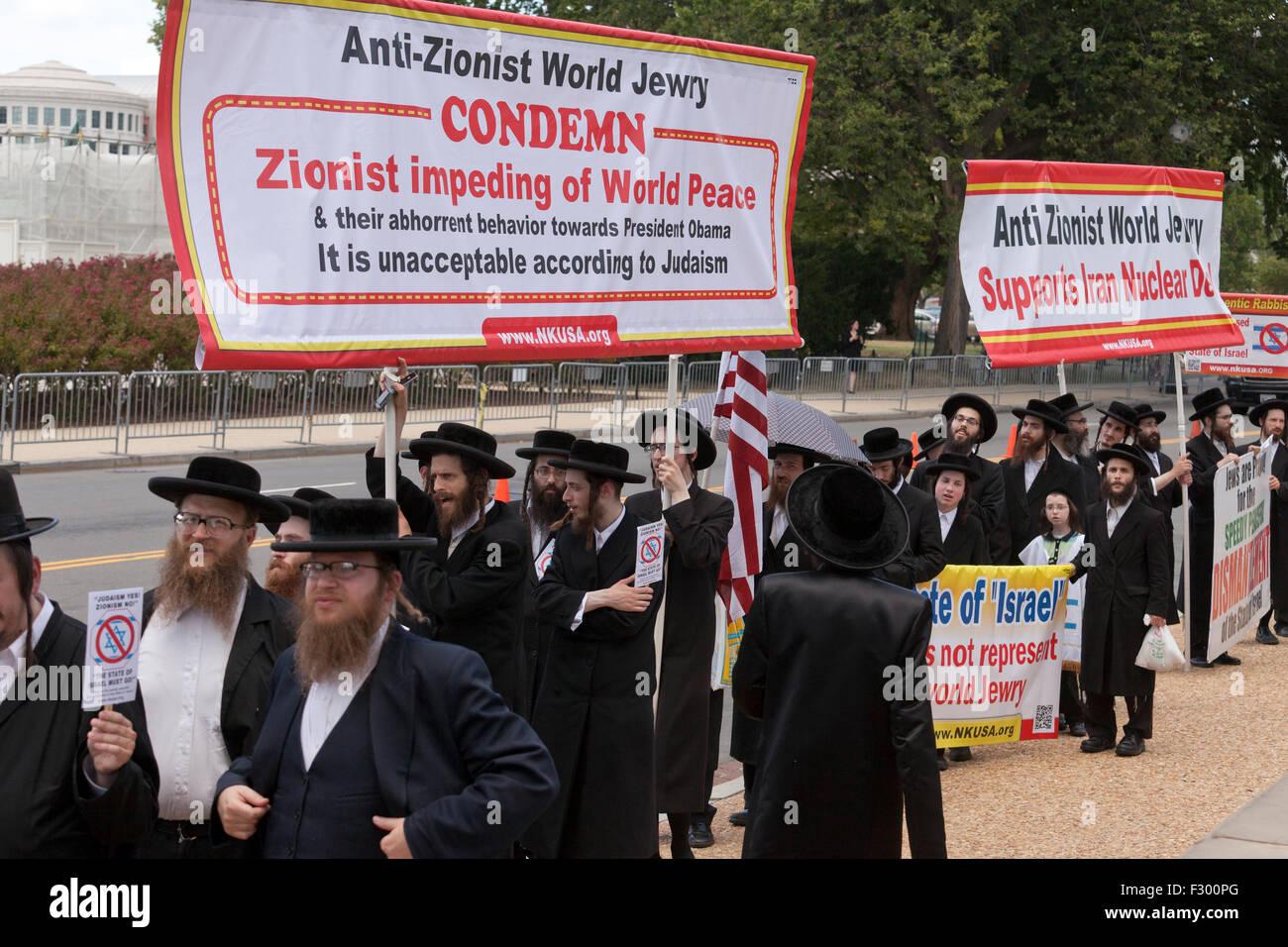 Neturei Karta Religious Group Rallying Against Zionism