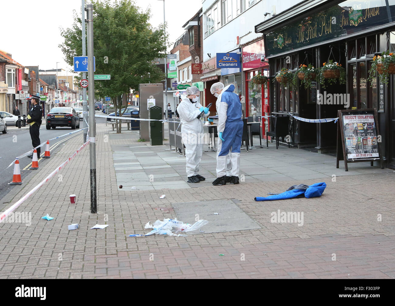 Cosham, Hampshire, Saturday 26th September 2015 GV of a crime scene in the High Street a man was been attacked. Stock Photo