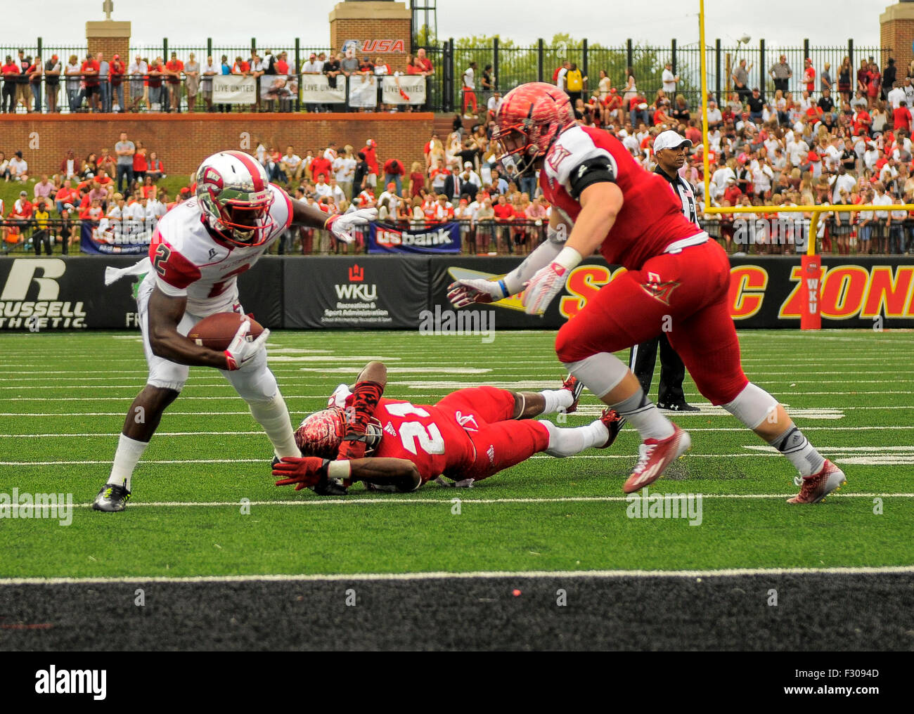 September 26, 2015 Western Kentucky Hilltoppers wide receiver Taywan Taylor (2) escapes the tackle of Miami (Oh) - Stock Image