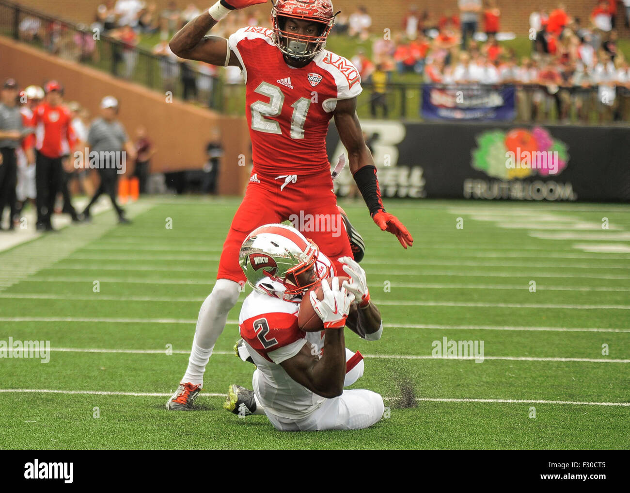 September 26, 2015 Western Kentucky Hilltoppers wide receiver Taywan Taylor (2) makes a great falling down diving - Stock Image