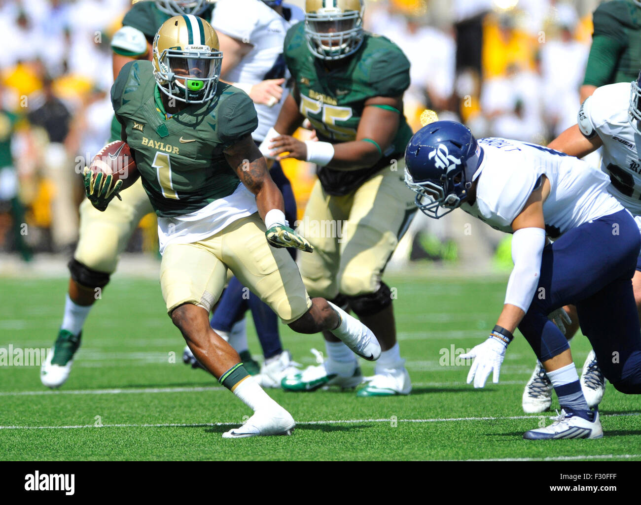 September 26, 2015: Baylor receiver Corey Coleman (1) tries to avoid a Rice defender during the first half of a Stock Photo