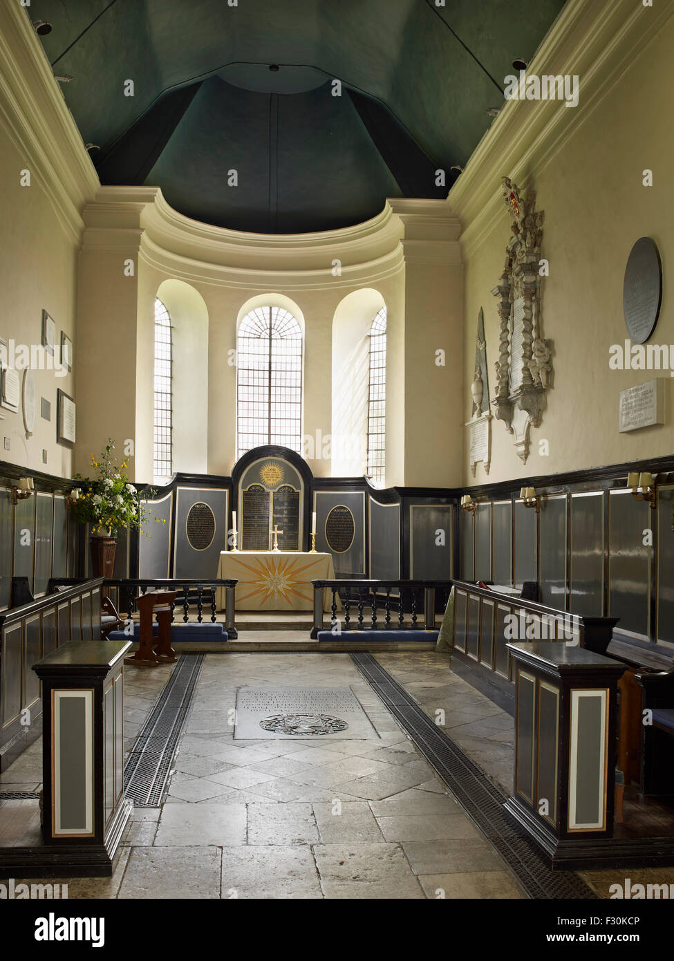 Wye, Church of St Gregory and St Martin, Kent. Chancel interior - Stock Image