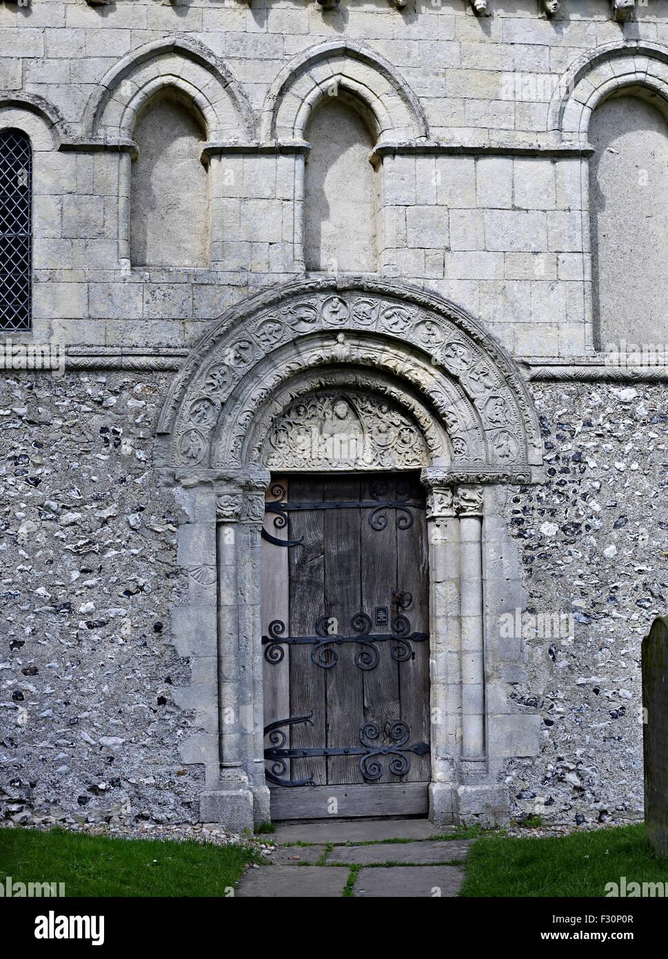 Barfrestone, St Nicholas, Kent. Norman doorway - Stock Image