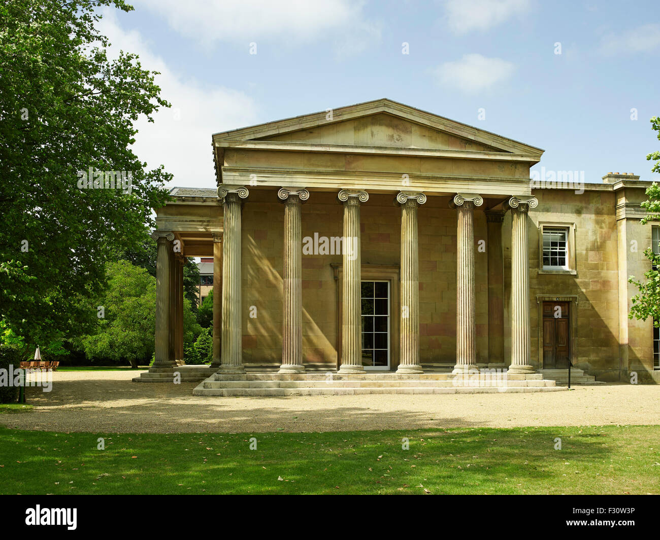 Cambridge University, Downing College, east portico of the Hall - Stock Image