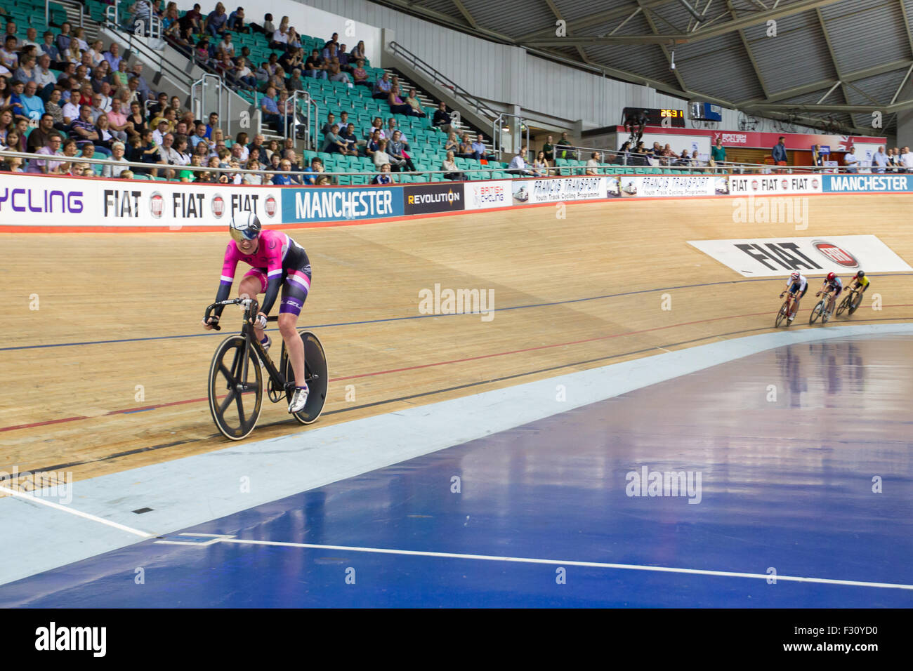 Manchester, UK. 27th Sept, 2015. Laura Trott wins Gold in the Points race during the 2015 British Cycling National - Stock Image