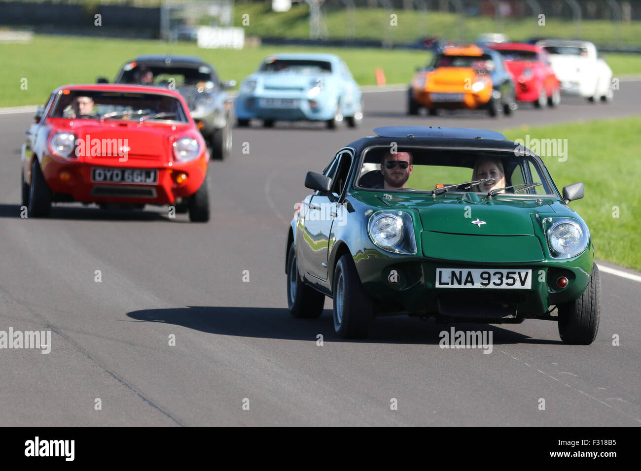 A Mini on track at Castle Combe Circuit Stock Photo: 87924345 - Alamy