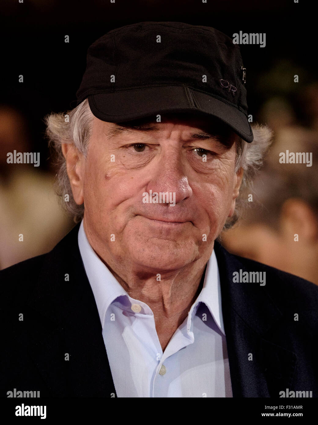 London, UK. 27th Sep, 2015. Robert De Niro attends the European Premiere of The Intern on 27/09/2015 at The VUE - Stock Image