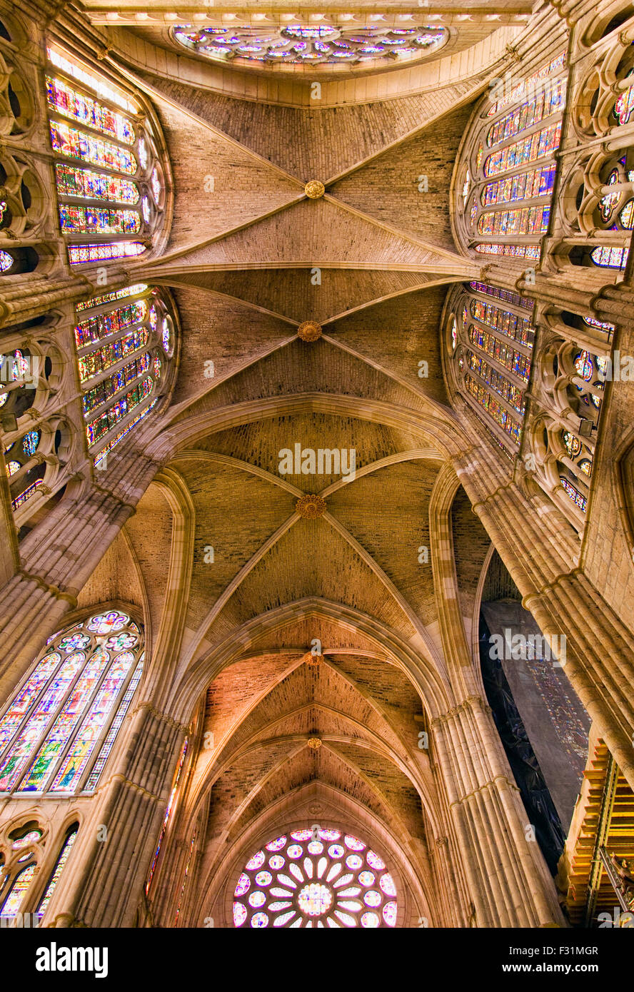 The famous interior and stained glass windows of the Leon Cathedral in Spain - Stock Image