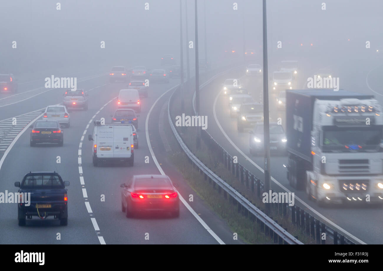 Billingham, UK. 28th September, 2015. UK Weather: Tricky driving conditions on the A19 at Billingham as early morning - Stock Image