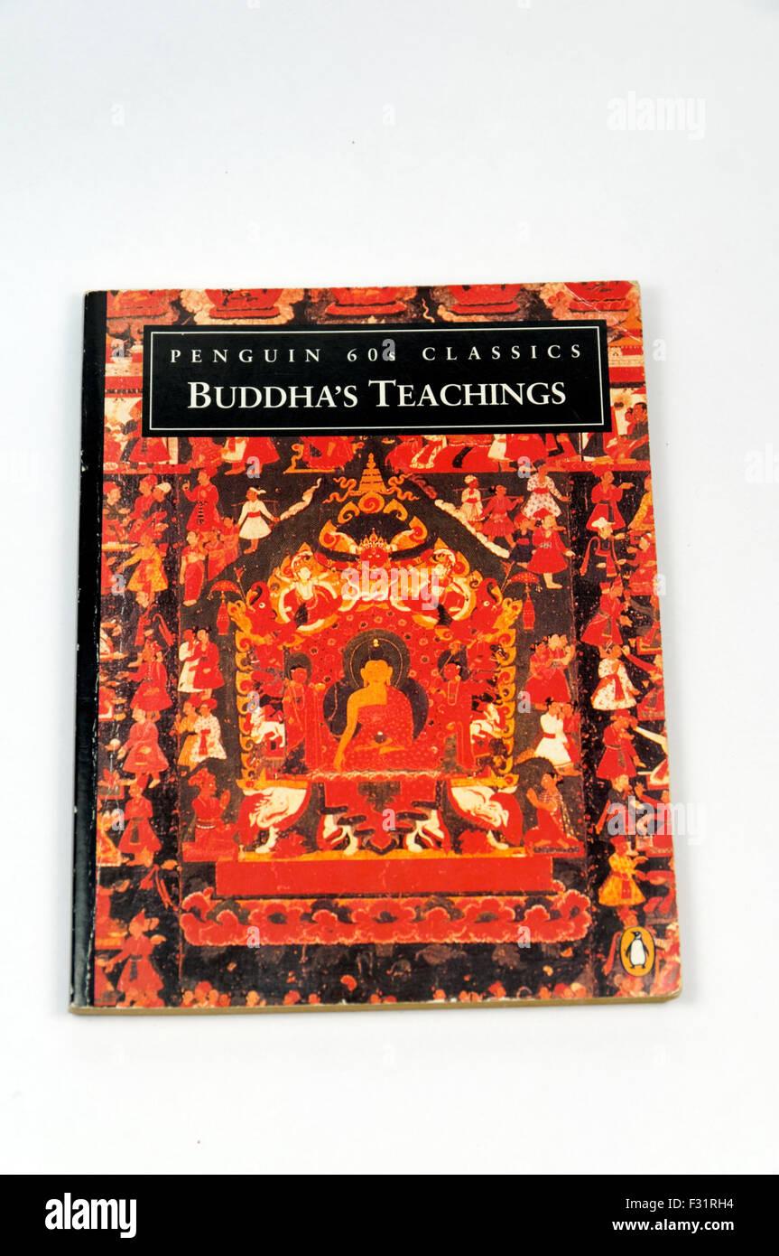 Penguin Classics book of Buddha's Teachings. - Stock Image