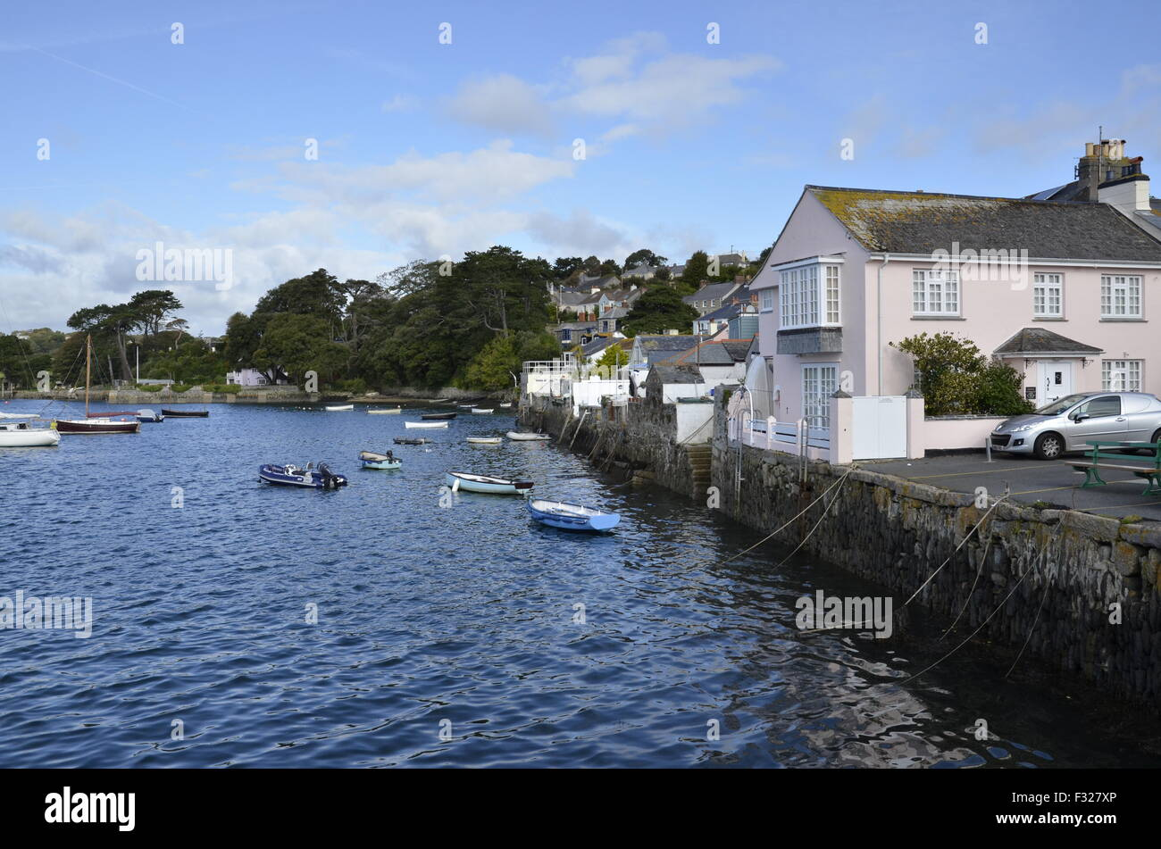 The village of Flushing on Carrick Roads (River Fal) in Cornwall - Stock Image