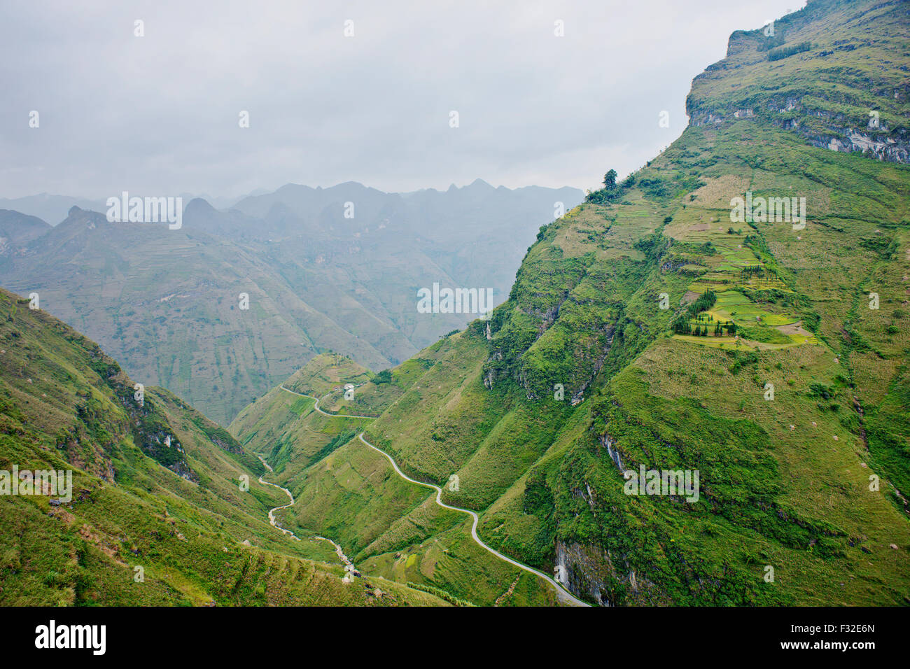 Rugged mountain landscape in Ha Giang province, north Vietnam, close to Chinese border. - Stock Image