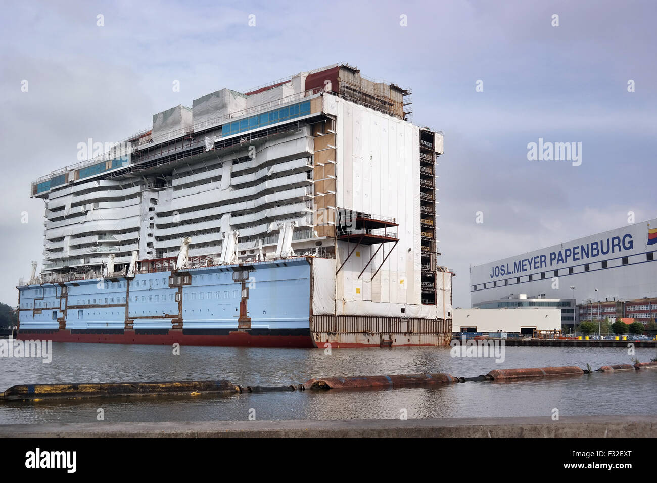 Part of a luxury passenger ship under construction on the Meyer Werft in Papenburg Stock Photo