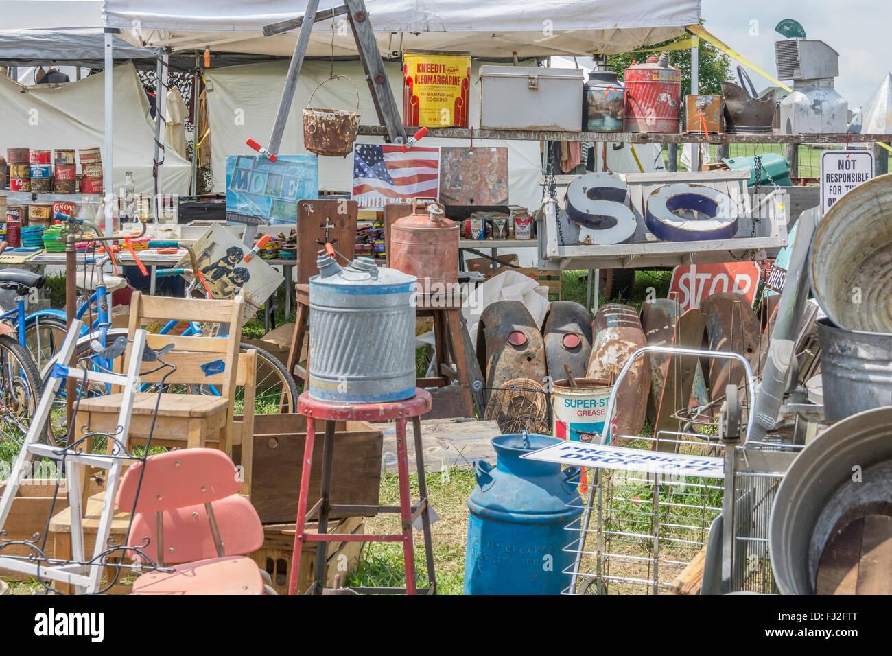 Highway 127 Yard Sale in Kentucky USA Stock Photo: 87952168