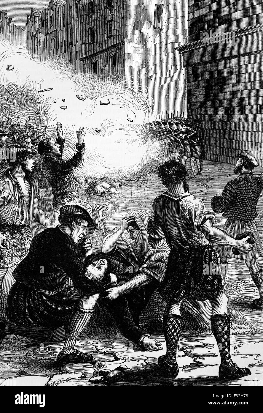 Soldiers firing at rioters in Glasgow over revenue duty that was imposed on beer in 1723. The nine killed and many - Stock Image