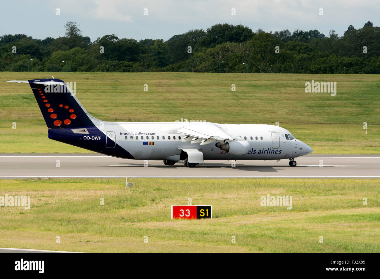 Brussels Airlines Avro RJ100 (OO-RJE) at Birmingham Airport, UK - Stock Image
