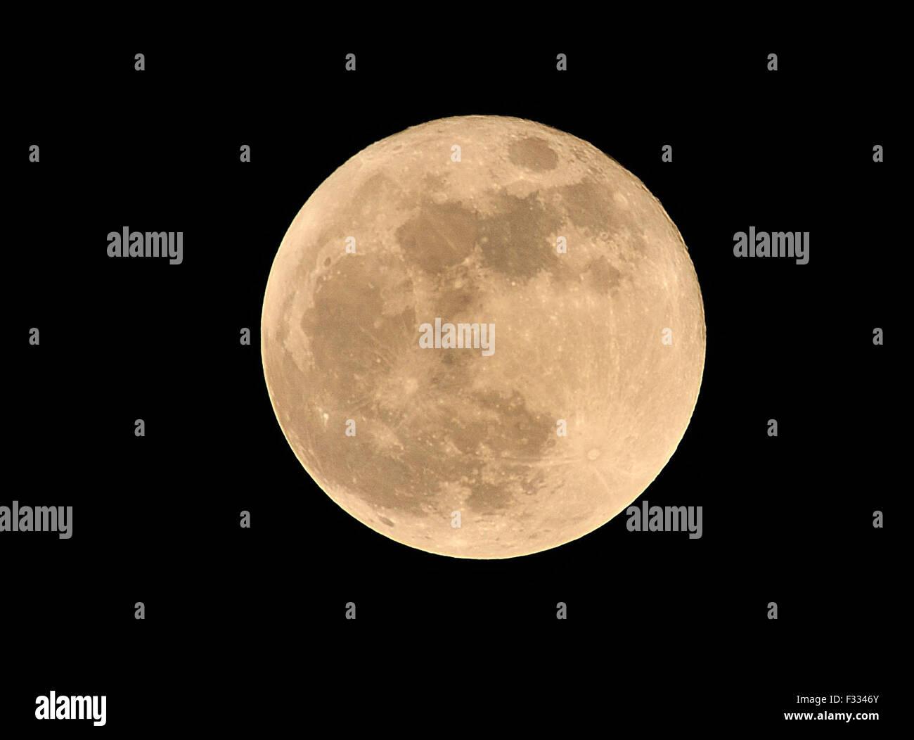 ec9db19cd1fd4 Super Moon Cebu City Philippines Stock Photo  87964995 - Alamy