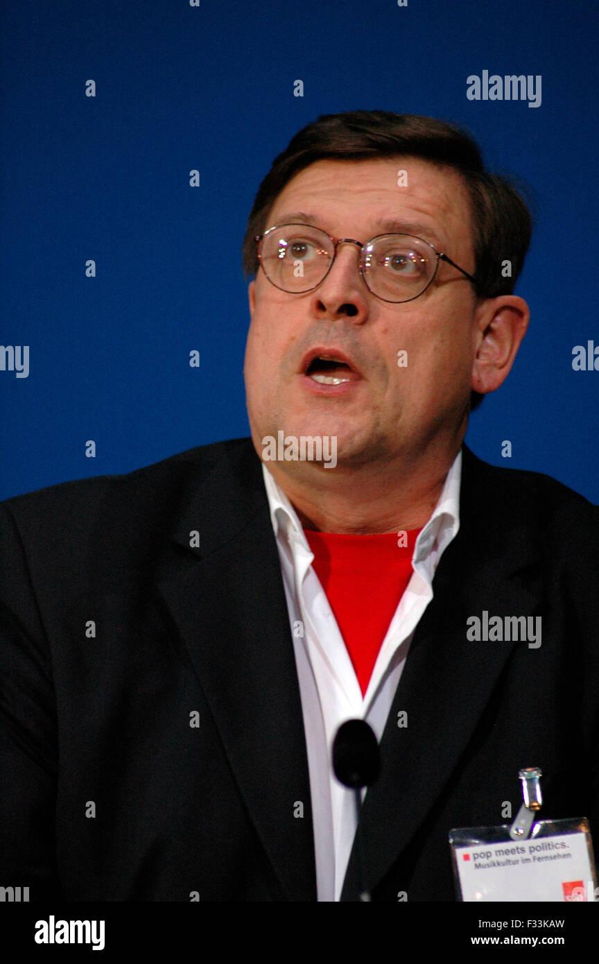 Joerg Tauss - Veranstaltung zum Thema 'Pop Meets Politics' im Willy-Brandt-Haus, 27. Mai 2005, Berlin-Kreuzberg. - Stock Image