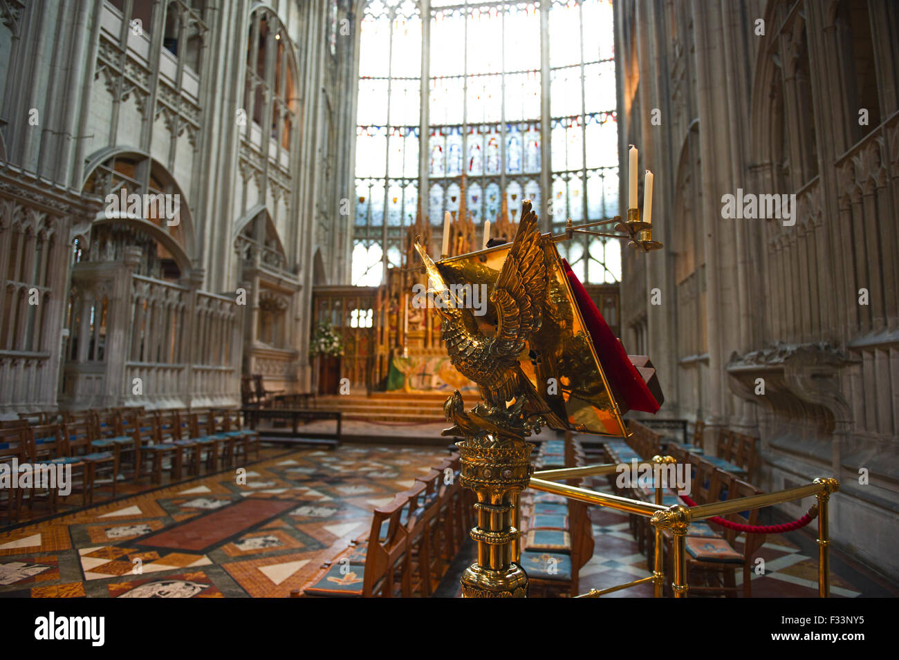 Eagle lectern in Gloucester Cathedral - Stock Image