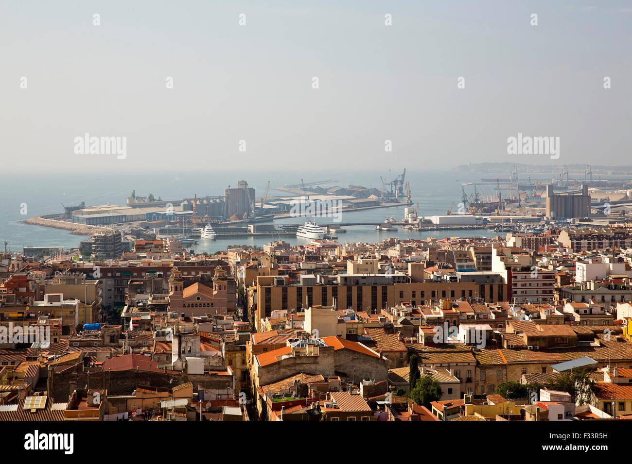 Industrial harbour, Tarragona, Catalonia - Stock Image