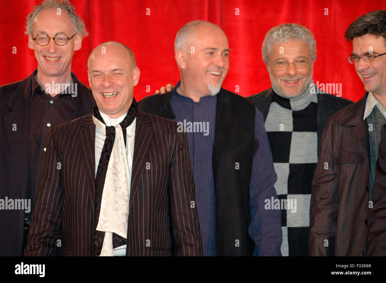 Mark Fisher, Brian Eno, Peter Gabriel, Andre Heller, Philippe Decoufle - Pressevorstellung der 'FIFA World Cup - Stock Image