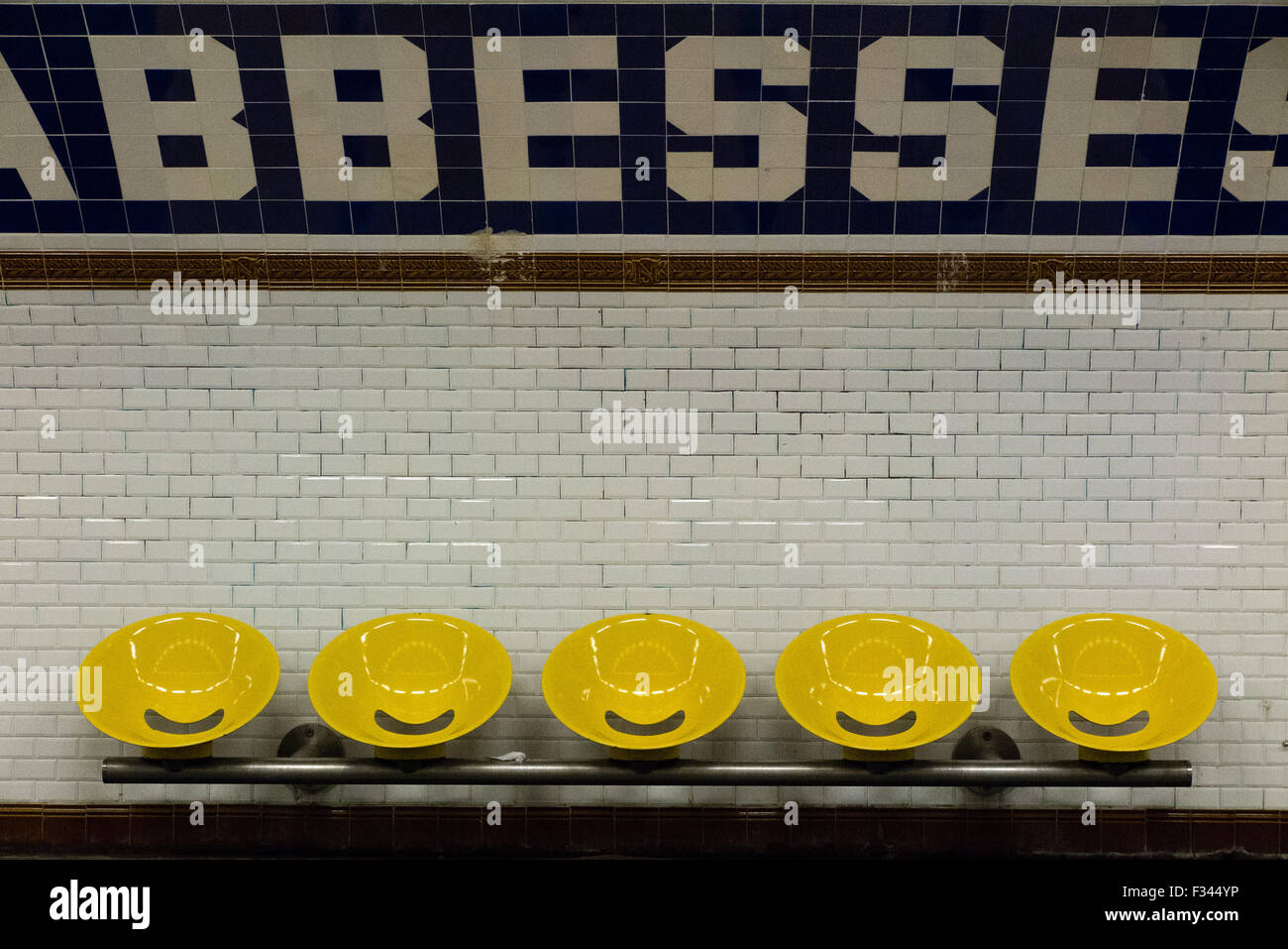 Abesses metro station platform, Paris, France - Stock Image