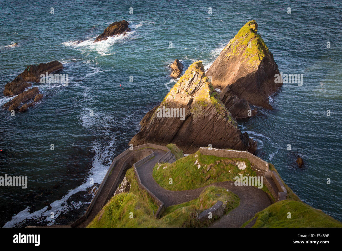 Windy road to Dunquin Harbor, Dunquin, County Kerry, Republic of Ireland Stock Photo