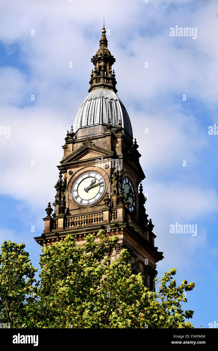 Bolton Town Hall, Victoria Square, Bolton. Picture by Paul Heyes, Tuesday September 29, 2015. - Stock Image