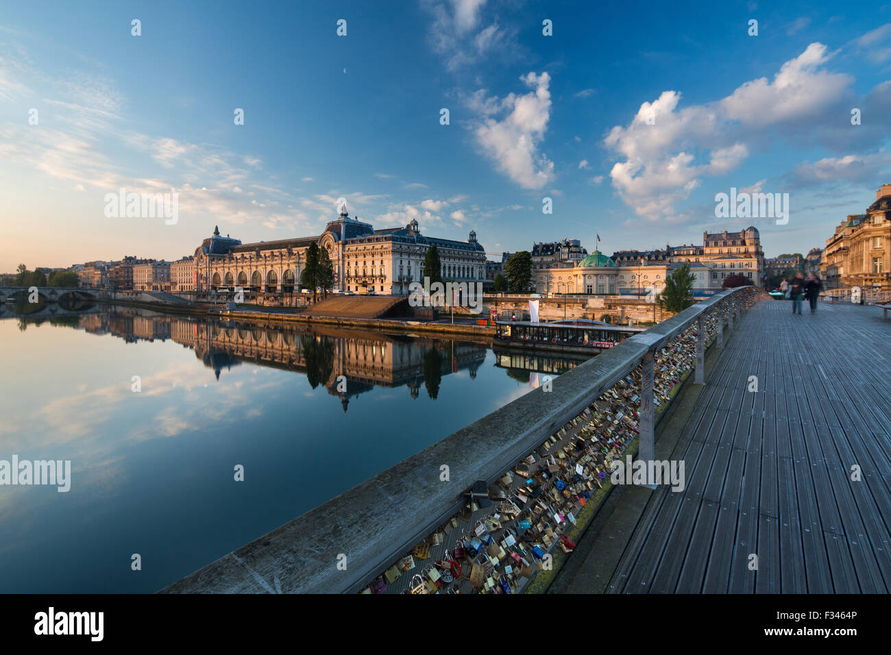 the Musée d'Orsay and River Seine from Pont Solférino at dawn, Paris, France - Stock Image