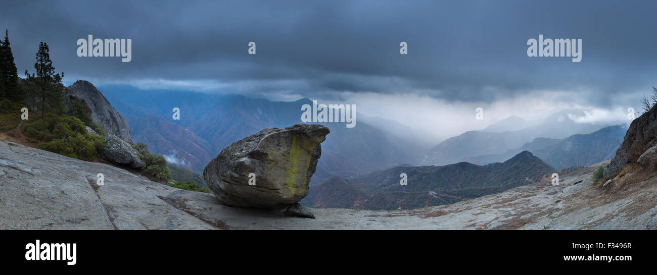 Hanging Rock and the Kaweah Valley, Sequoia National Park, California, USA - Stock Image
