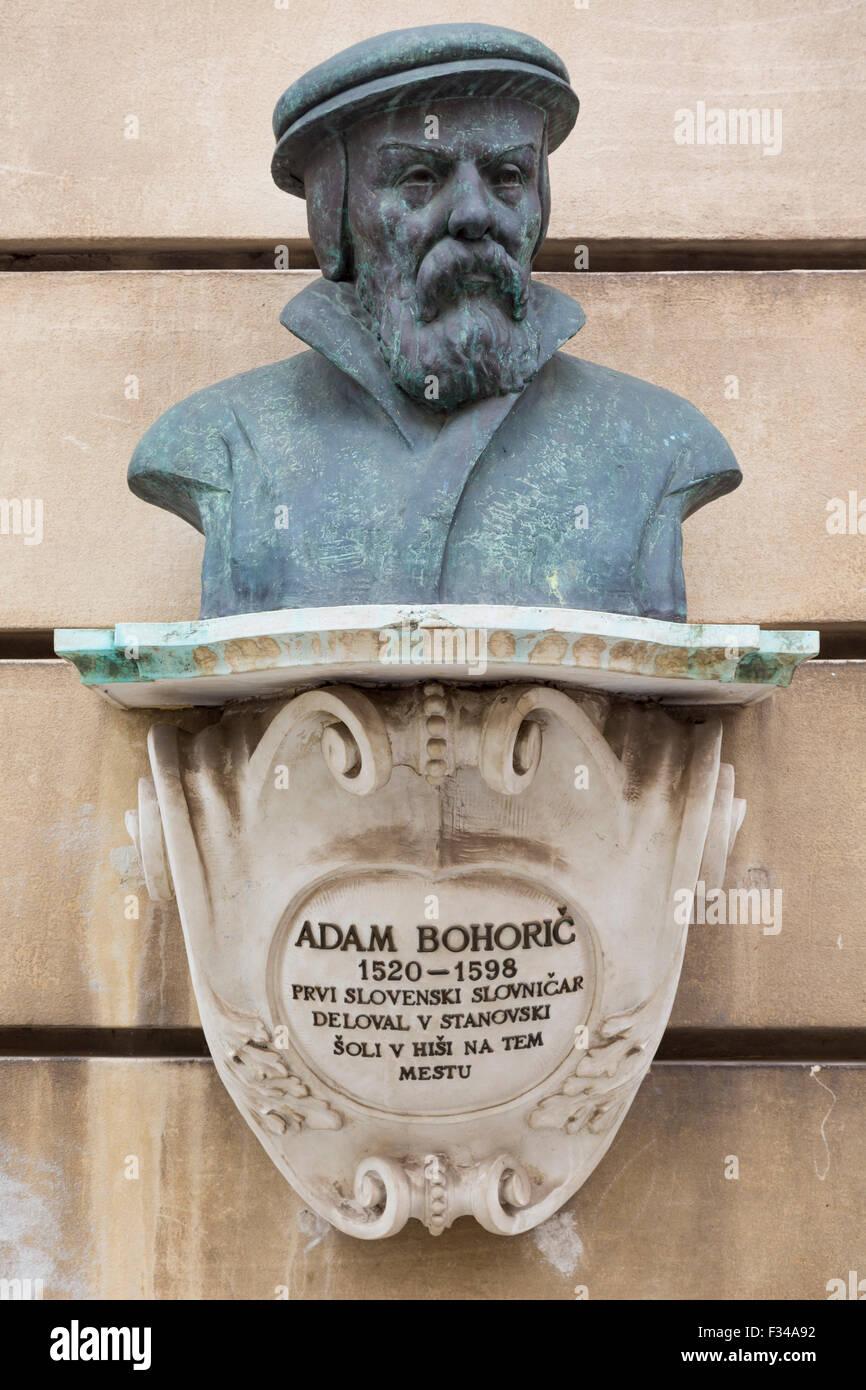 Ljubljana, Slovenia.  Bust outside the Kresija Gallery of Adam Bohoric 1520-1598, Protestant preacher. - Stock Image