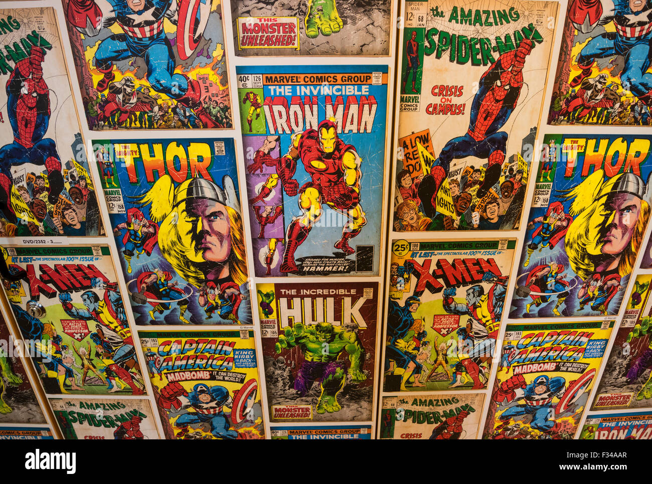 Wallpaper Display Created From Covers Of Marvel Comics Featuring Comic Super Heroes