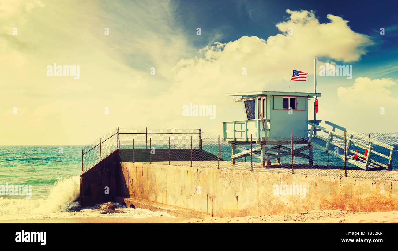 Vintage retro toned lifeguard tower in Santa Monica beach, California, USA. - Stock Image
