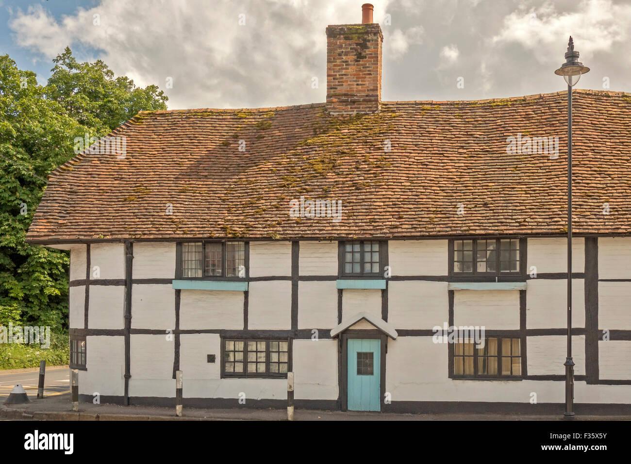 Period wood Framed Cottage Pangbourne UK Stock Photo