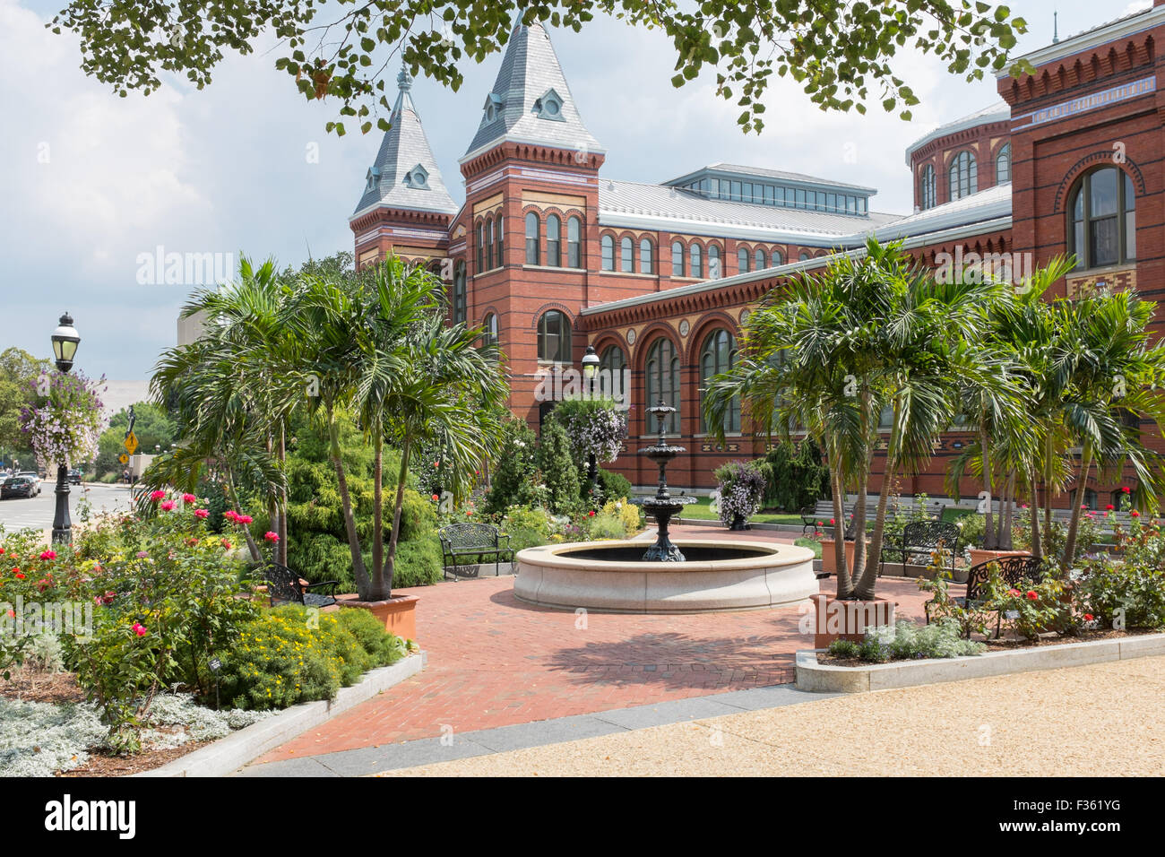 Smithsonian Arts and Industries Building on the National Mall in Washington DC, USA - Stock Image