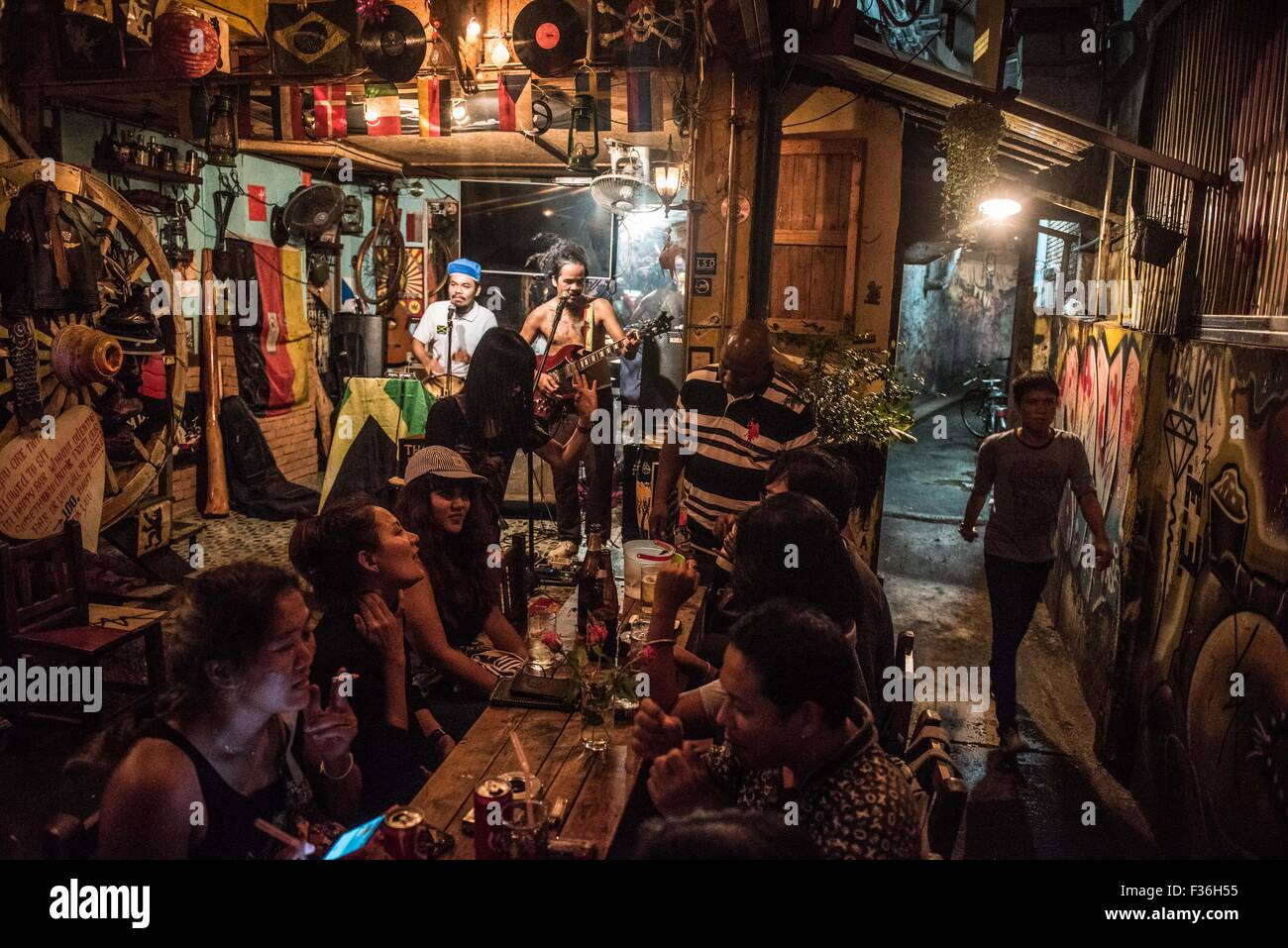 Bar with live music in Bangkok, Thailand - Stock Image