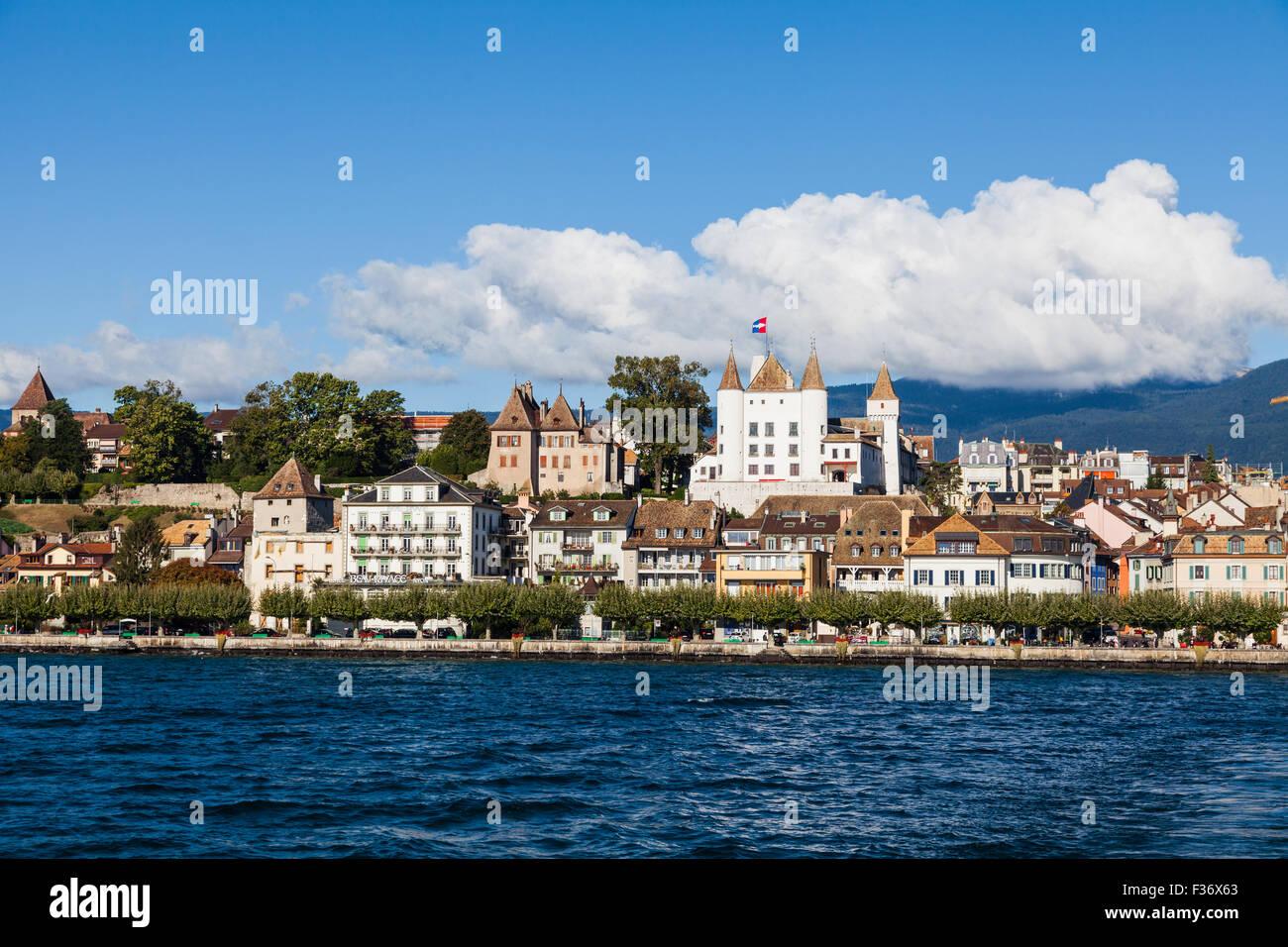 Waterfront view of the town of Nyon on Lake Geneva, Switzerland - Stock Image