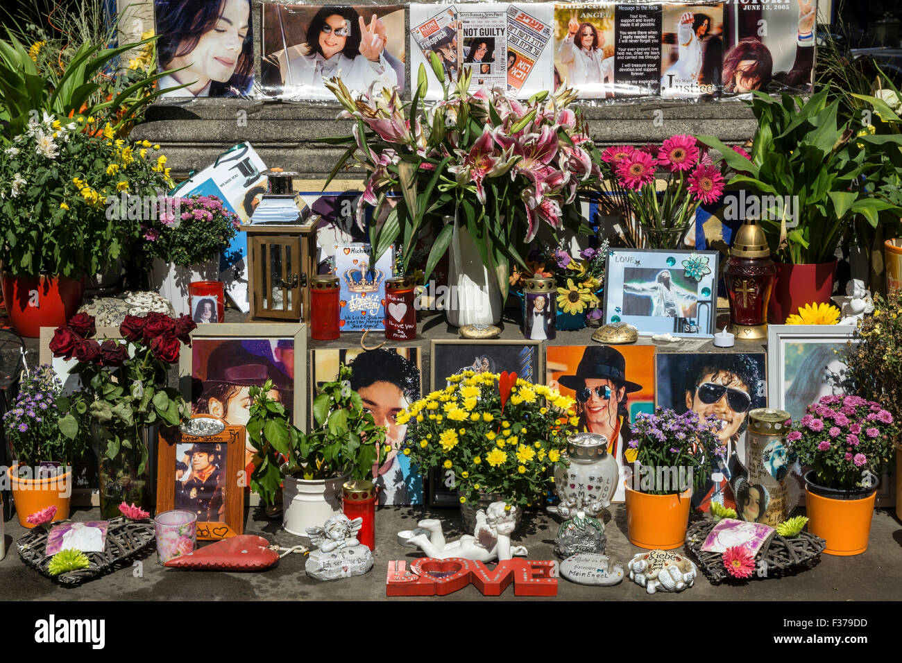 Memorial to michael jackson at the monument of orlando di lasso promenade square munich