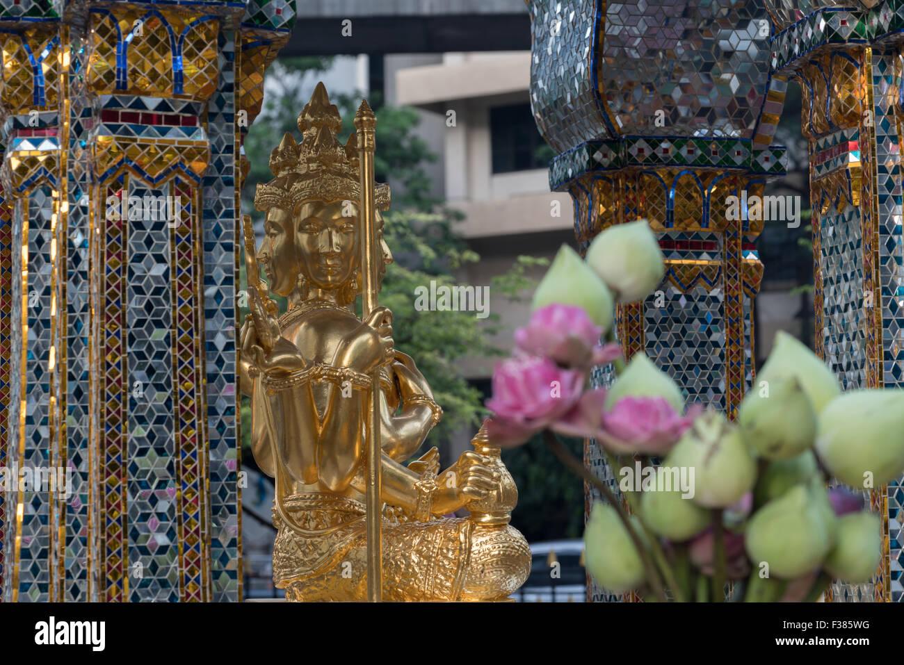 Erawan Shrine, Bangkok, Thailand - Stock Image