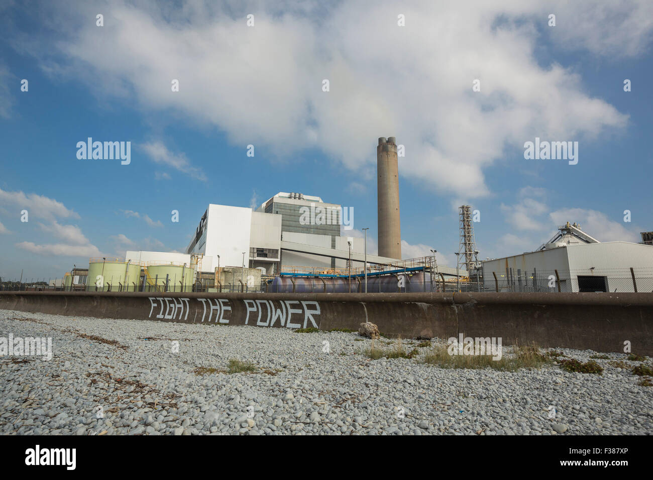 Glamorgan, Wales, UK. 1st October, 2015.  Aberthaw Power station in the Vale of Glamorgan, South Wales. An environmental - Stock Image
